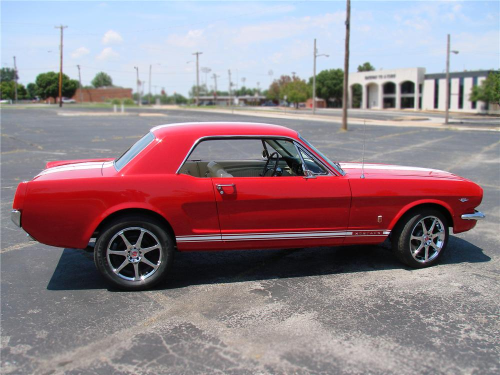 1966 FORD MUSTANG CUSTOM 2 DOOR COUPE - Side Profile - 89034