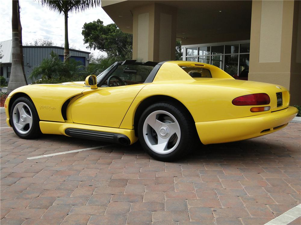 1995 DODGE VIPER RT/10 CONVERTIBLE - Rear 3/4 - 89043