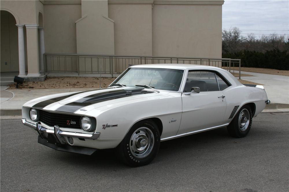 1969 CHEVROLET CAMARO Z/28 2 DOOR COUPE - Front 3/4 - 89055