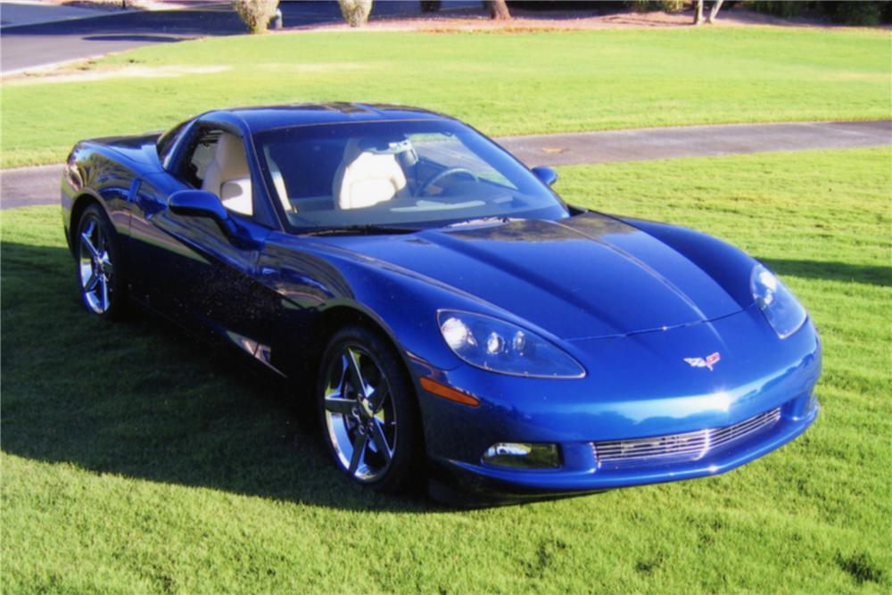 2007 CHEVROLET CORVETTE 2 DOOR COUPE - Front 3/4 - 89066