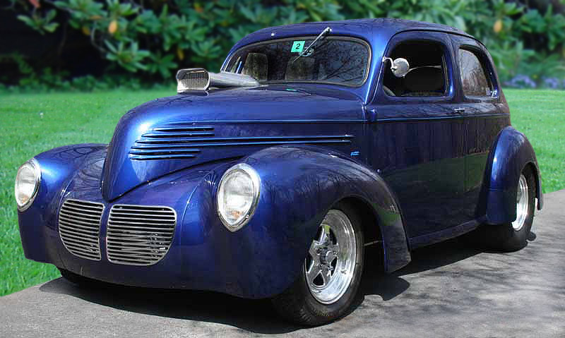 1938 WILLYS CUSTOM SEDAN - Front 3/4 - 89072