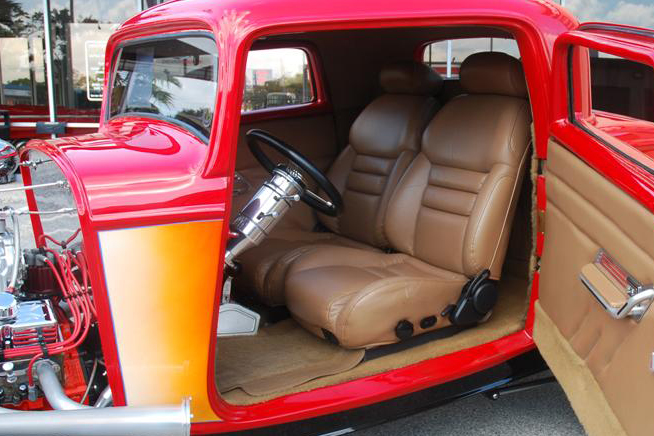 1932 FORD 3 WINDOW CUSTOM COUPE - Interior - 89083