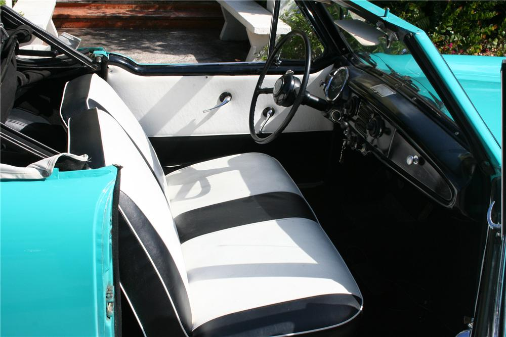 1960 NASH METROPOLITAN 2 DOOR CONVERTIBLE - Interior - 89086
