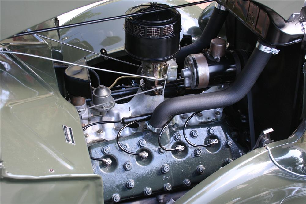 1936 FORD CLUB CABRIOLET - Engine - 89087
