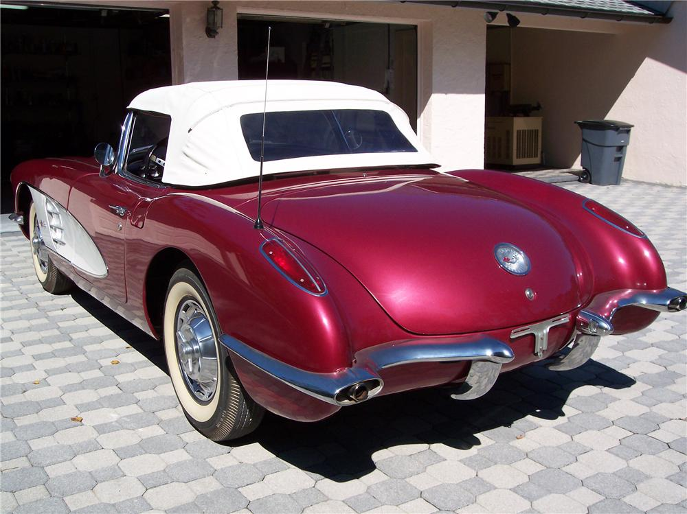 1959 CHEVROLET CORVETTE 2 DOOR CONVERTIBLE - Rear 3/4 - 89089