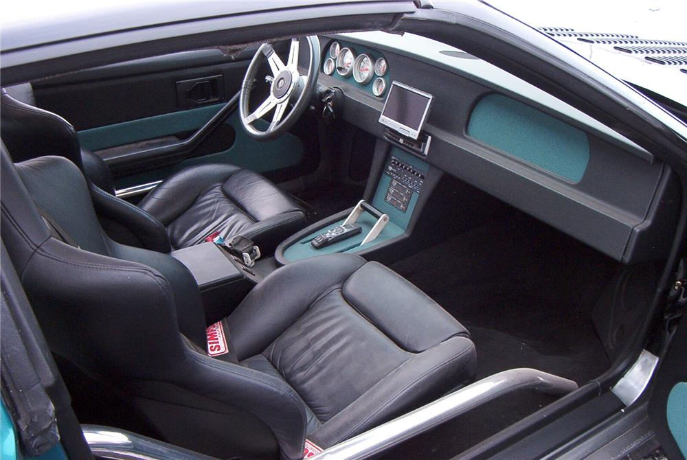 1987 CHEVROLET CAMARO IROC CUSTOM 2 DOOR COUPE - Interior - 89094