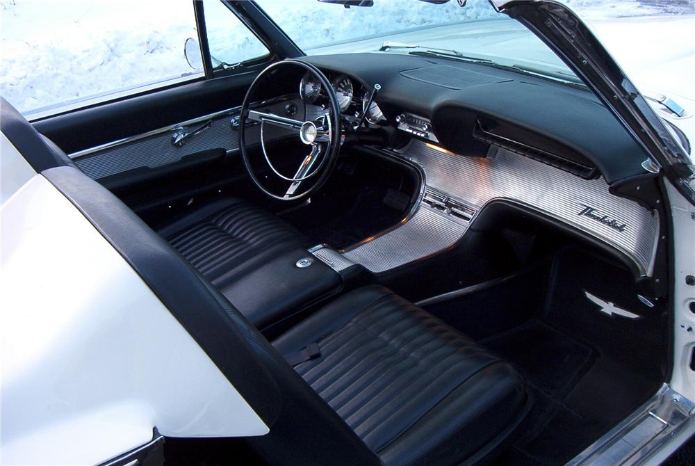 1962 FORD THUNDERBIRD 2 DOOR ROADSTER - Interior - 89097