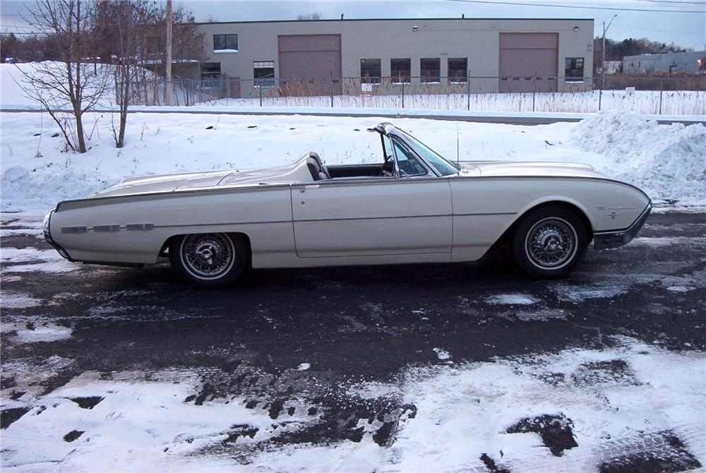 1962 FORD THUNDERBIRD 2 DOOR ROADSTER - Side Profile - 89097