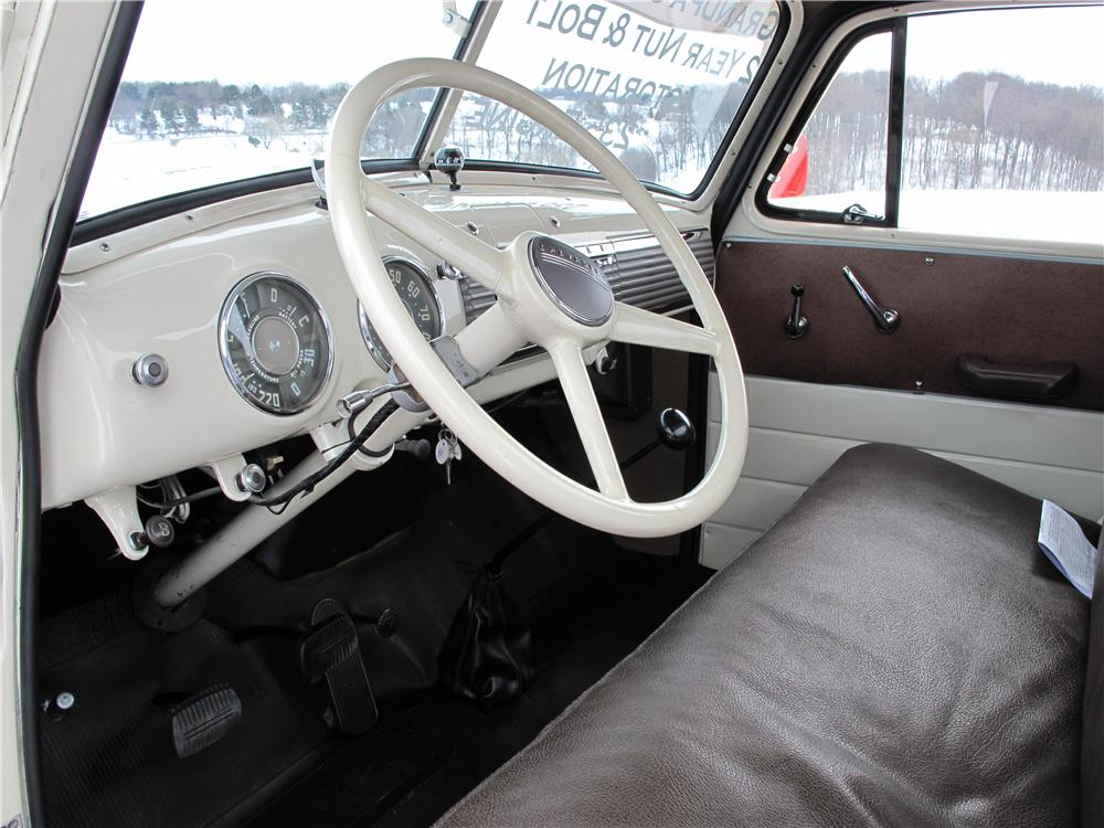 1952 CHEVROLET 3100 PICKUP - Interior - 89118