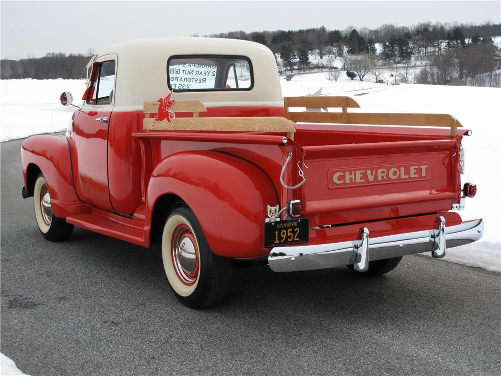 1952 CHEVROLET 3100 PICKUP - Rear 3/4 - 89118