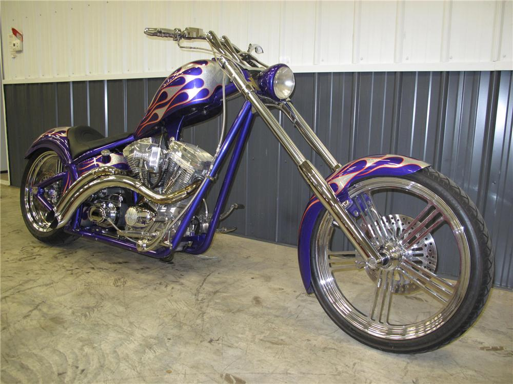 2000 CUSTOM CHOPPER   - Front 3/4 - 89125