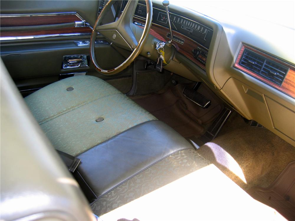 1972 CADILLAC DE VILLE 2 DOOR COUPE - Interior - 89129