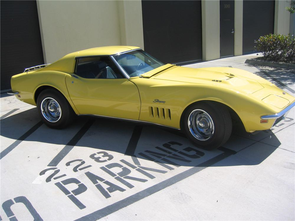 1969 CHEVROLET CORVETTE 2 DOOR COUPE - Side Profile - 89136