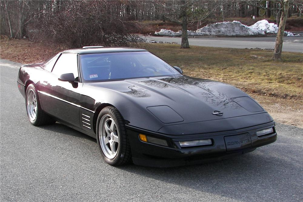 1991 CHEVROLET CORVETTE ZR-1 CUSTOM COUPE - Front 3/4 - 89146
