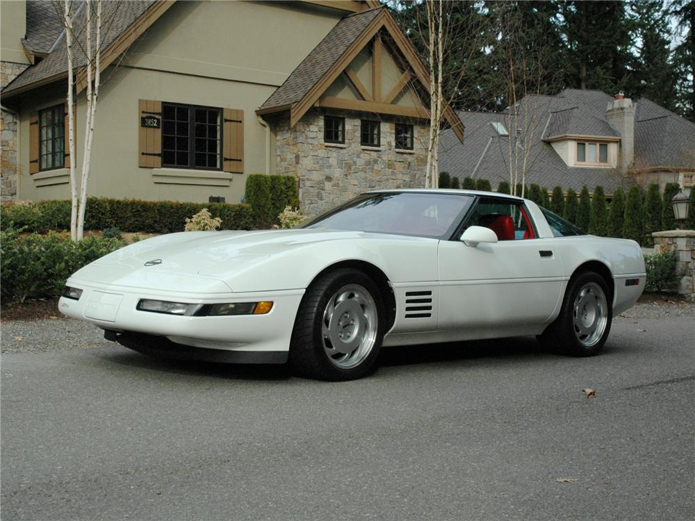 1991 CHEVROLET CORVETTE ZR-1 COUPE - Front 3/4 - 89151