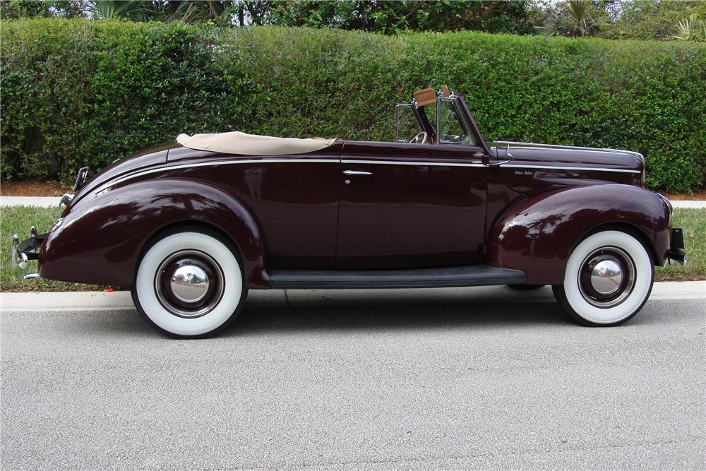 1940 FORD DELUXE 2 DOOR CONVERTIBLE - Side Profile - 89164