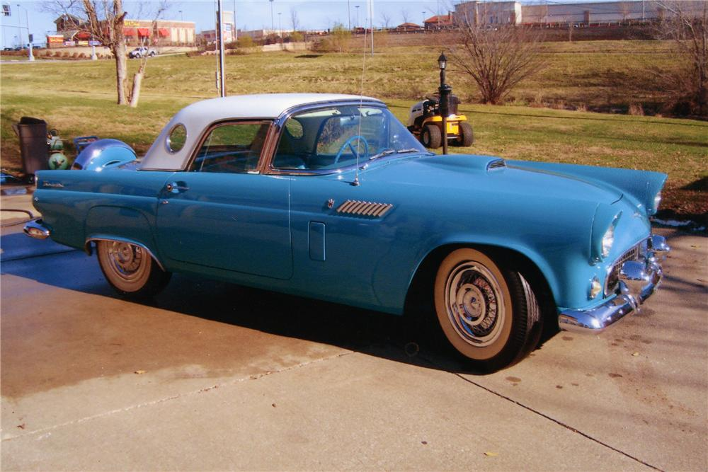 1956 FORD THUNDERBIRD CONVERTIBLE - Front 3/4 - 89169