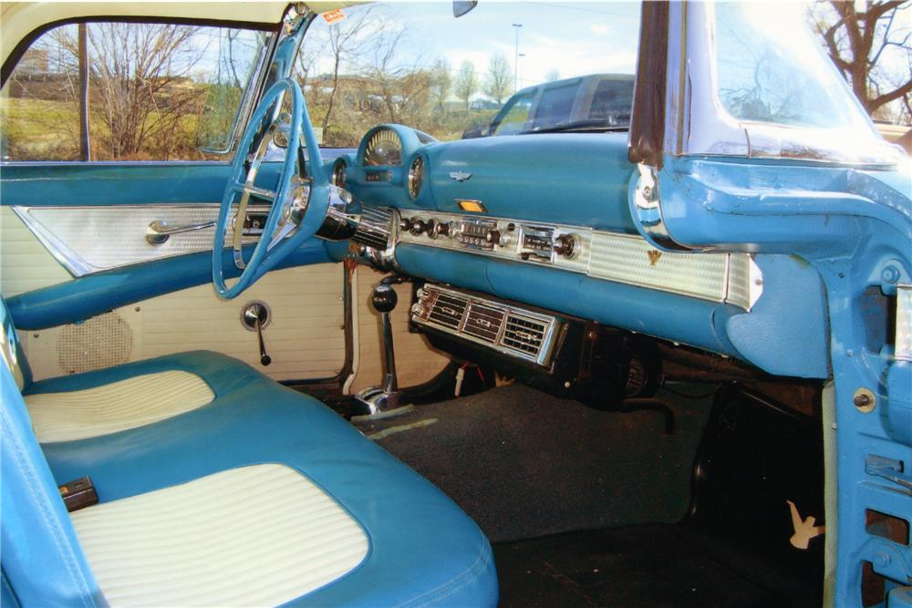 1956 FORD THUNDERBIRD CONVERTIBLE - Interior - 89169