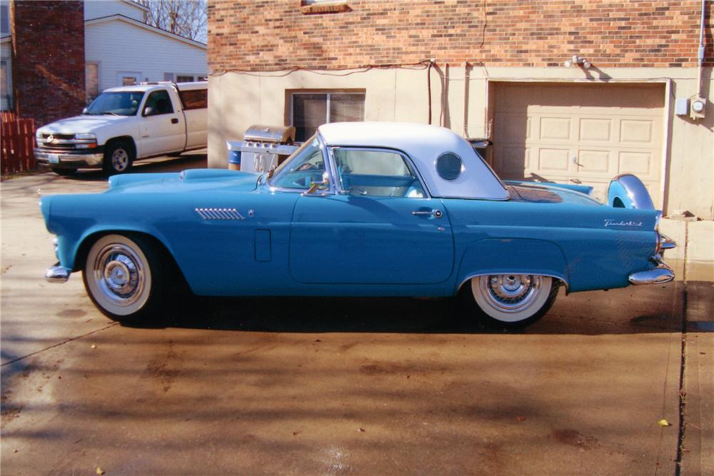 1956 FORD THUNDERBIRD CONVERTIBLE - Side Profile - 89169
