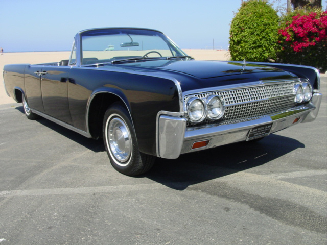 1963 LINCOLN CONTINENTAL 4 DOOR CONVERTIBLE - Front 3/4 - 89183