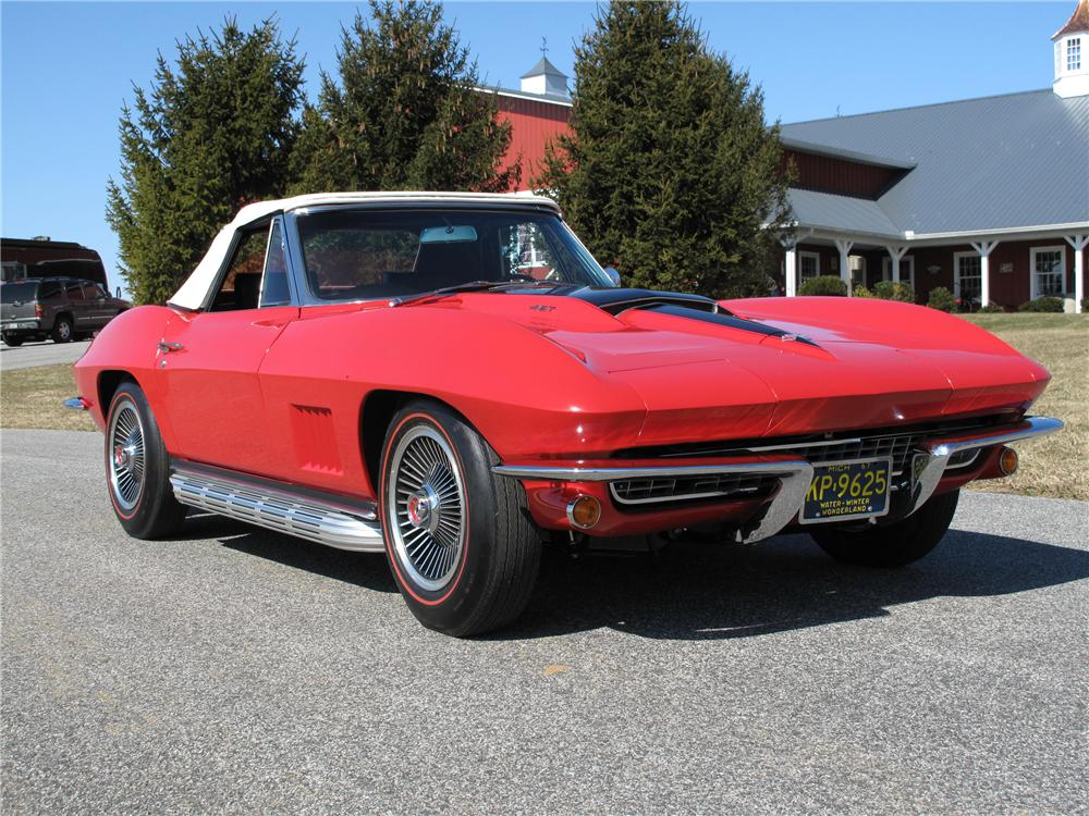 1967 CHEVROLET CORVETTE CONVERTIBLE - Front 3/4 - 89191