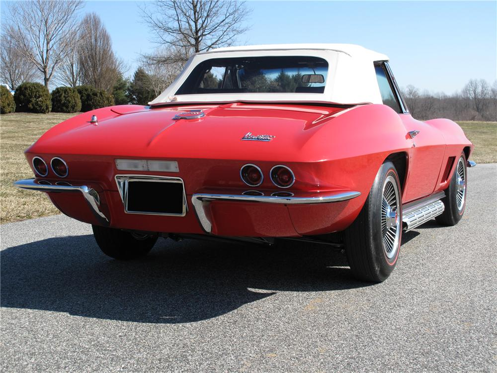 1967 CHEVROLET CORVETTE CONVERTIBLE - Rear 3/4 - 89191