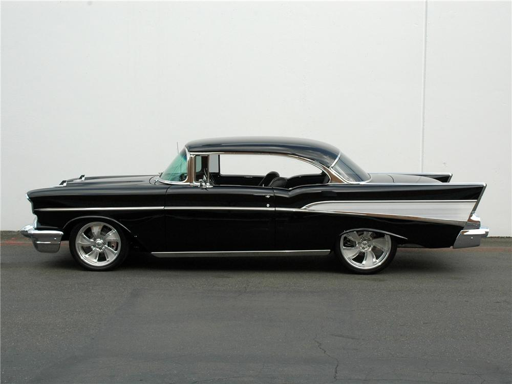 1957 CHEVROLET BEL AIR CUSTOM HARDTOP - Side Profile - 89205