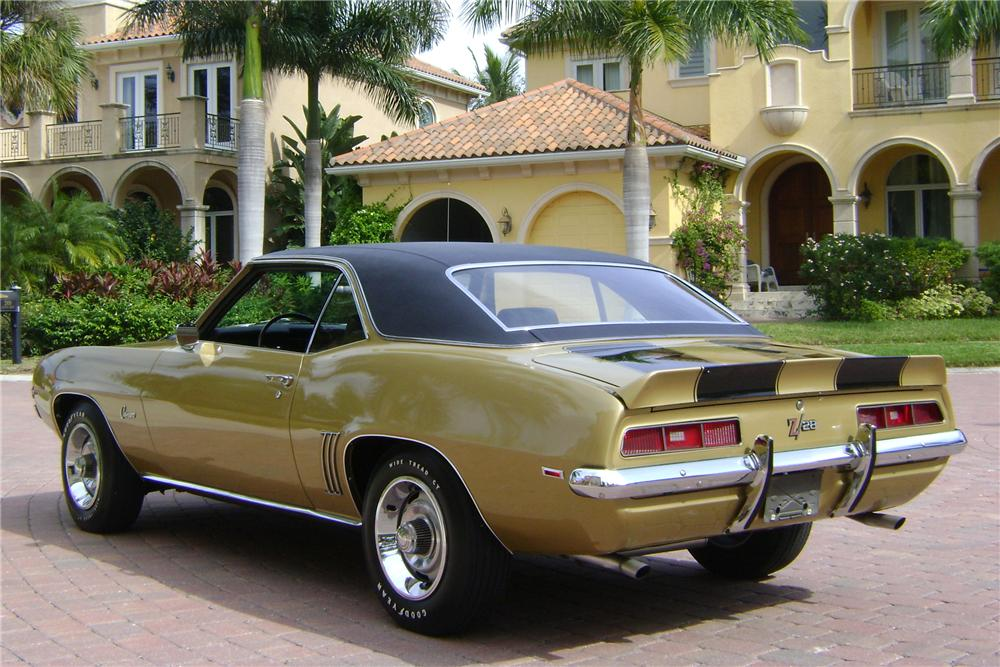 1969 CHEVROLET CAMARO Z/28 2 DOOR COUPE - Rear 3/4 - 89222