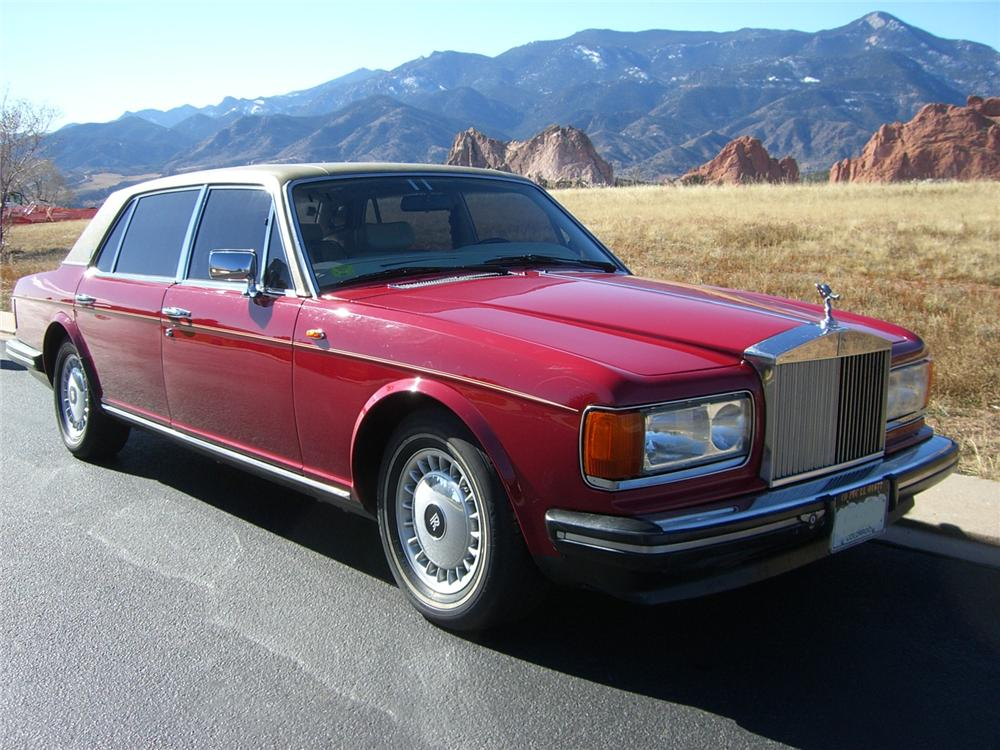 1986 ROLLS-ROYCE SILVER SPUR 4 DOOR SEDAN - Front 3/4 - 89227