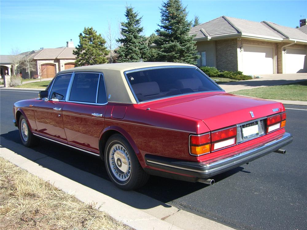 1986 ROLLS-ROYCE SILVER SPUR 4 DOOR SEDAN - Rear 3/4 - 89227