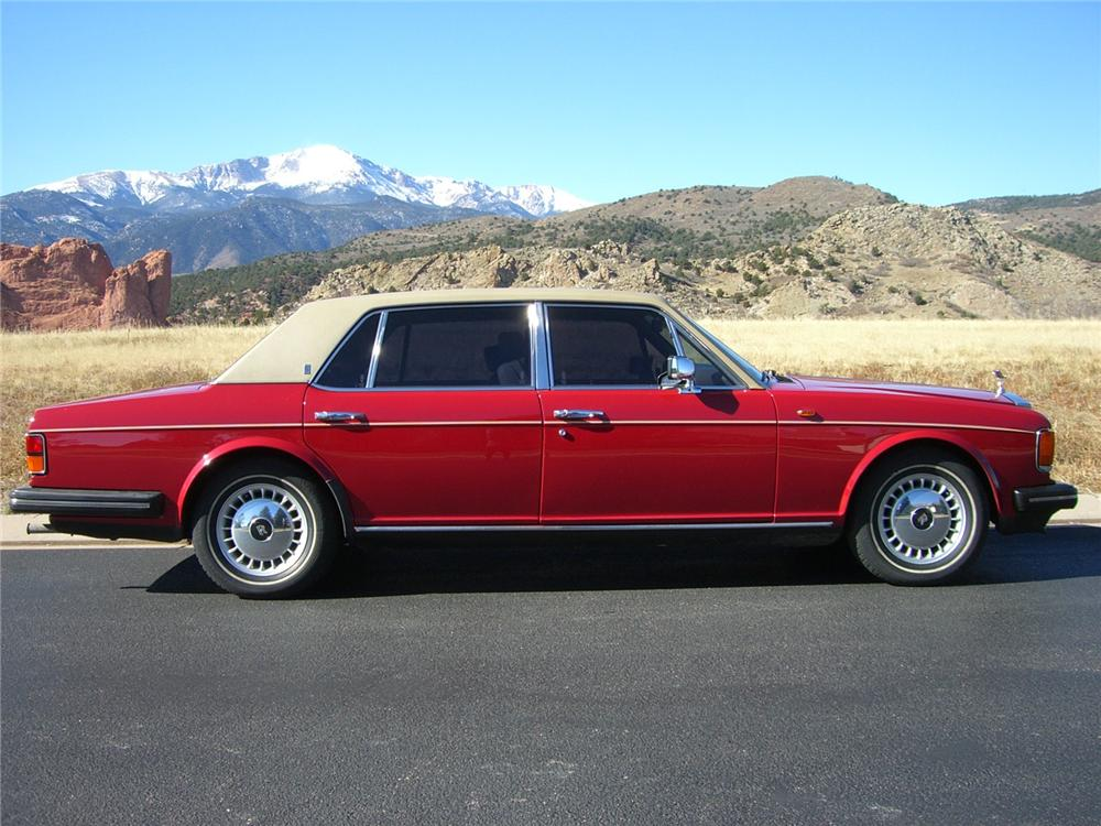 1986 ROLLS-ROYCE SILVER SPUR 4 DOOR SEDAN - Side Profile - 89227