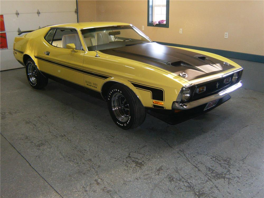 1971 FORD MUSTANG BOSS 351 FASTBACK - Front 3/4 - 89234