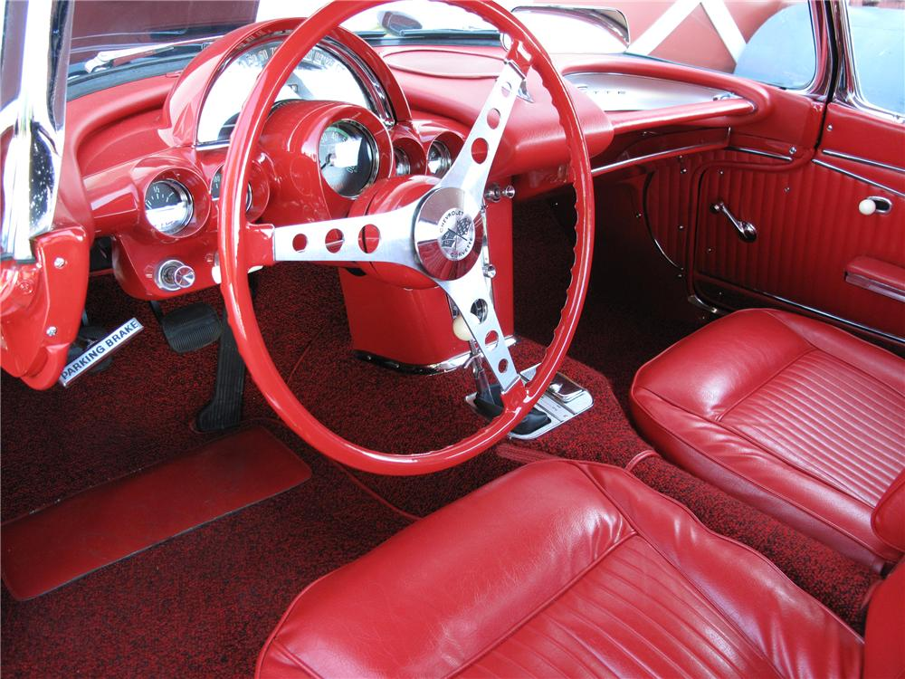 1962 CHEVROLET CORVETTE 2 DOOR CONVERTIBLE - Interior - 89283
