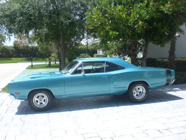 1969 DODGE SUPER BEE 2 DOOR HARDTOP - Side Profile - 89290