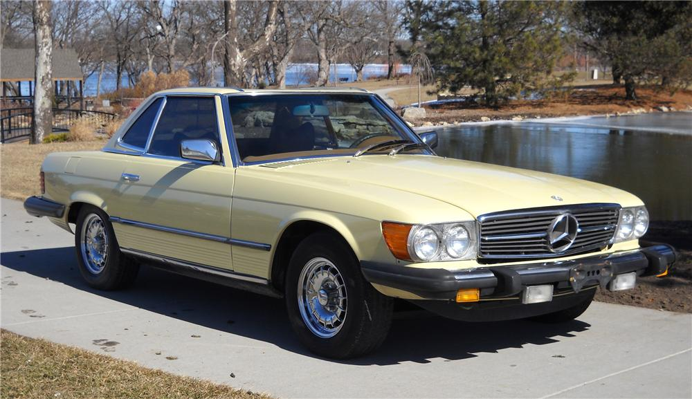 1978 MERCEDES-BENZ 450SL CONVERTIBLE - Front 3/4 - 89296