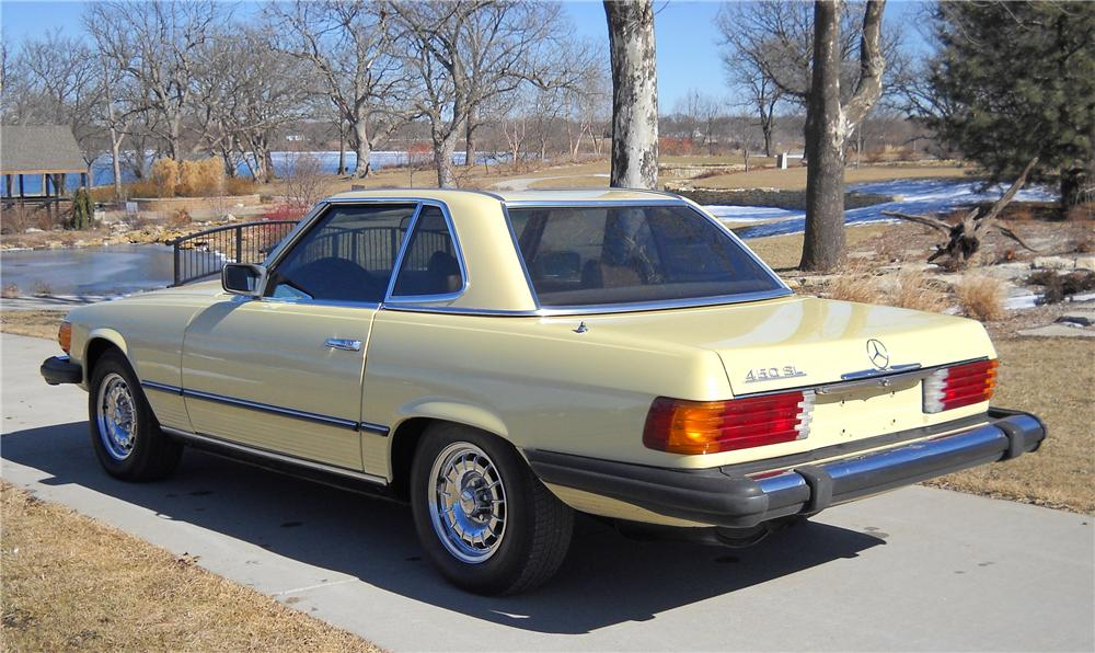 1978 MERCEDES-BENZ 450SL CONVERTIBLE - Rear 3/4 - 89296