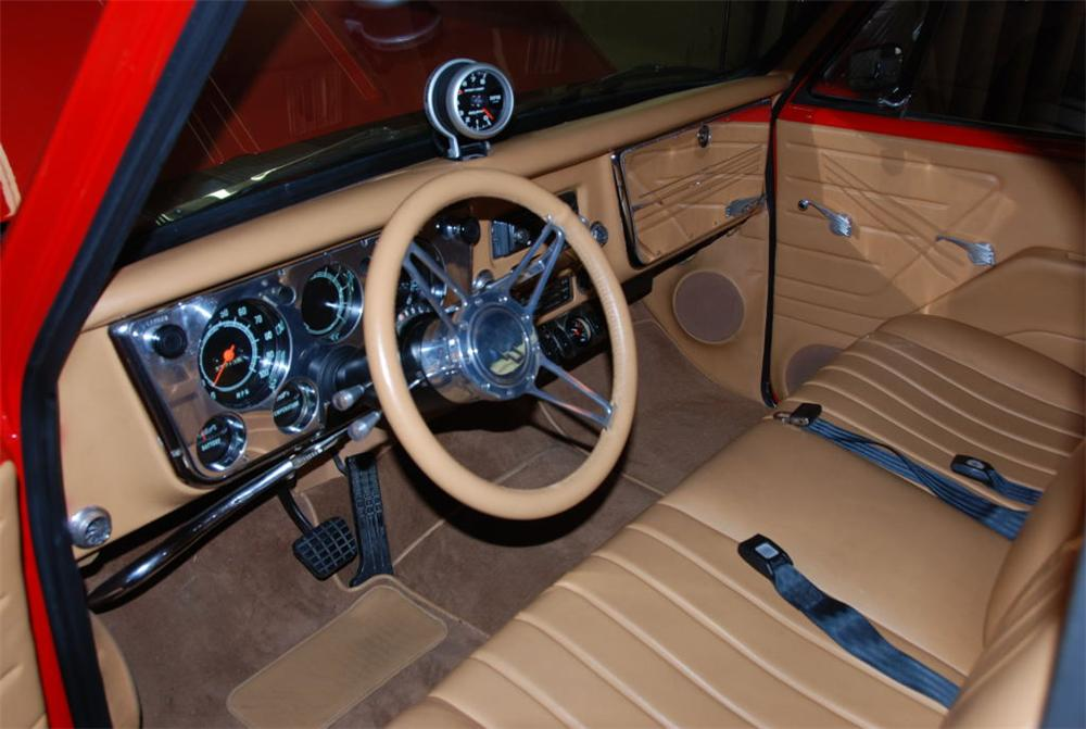 1971 CHEVROLET FLEETSIDE CUSTOM PICKUP - Interior - 89307