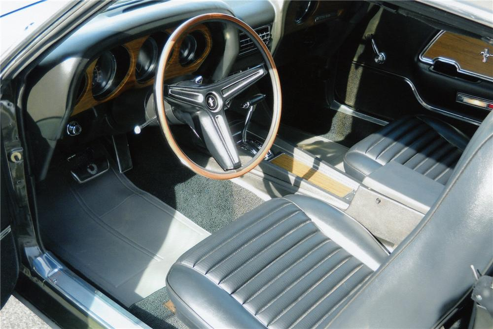 1970 FORD MUSTANG MACH 1 FASTBACK - Interior - 89310