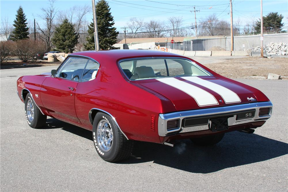 1970 CHEVROLET CHEVELLE CUSTOM 2 DOOR COUPE - Rear 3/4 - 89315
