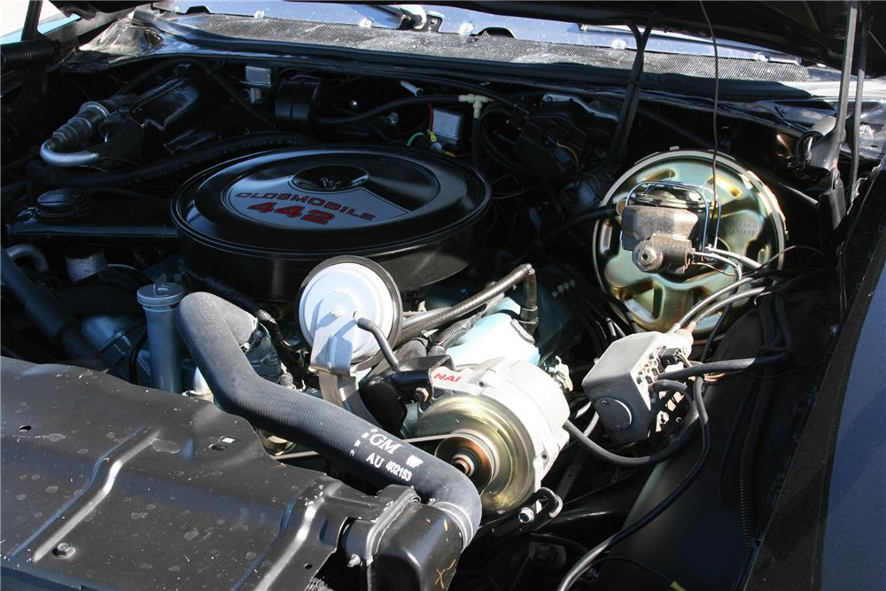 1972 OLDSMOBILE 442 2 DOOR CONVERTIBLE - Engine - 89316
