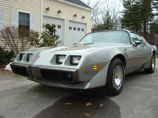 1979 PONTIAC TRANS AM COUPE - Front 3/4 - 89317