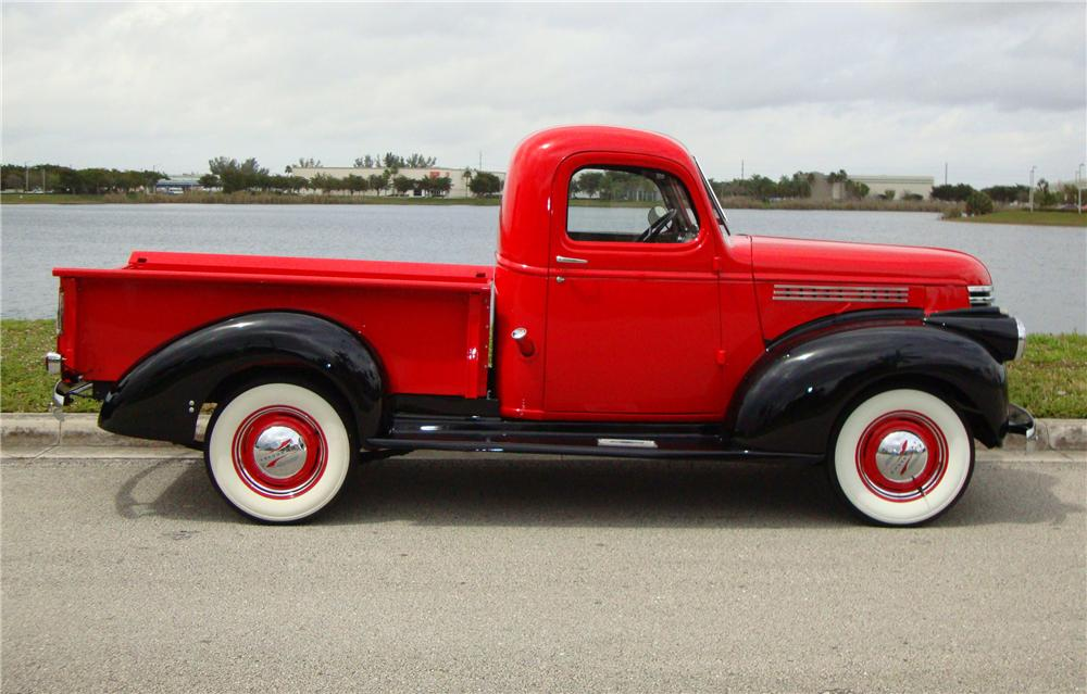 1946 CHEVROLET 1/2 TON PICKUP - Side Profile - 89338