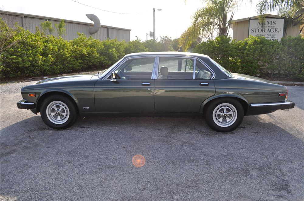 1987 JAGUAR XJ 6 4 DOOR SEDAN - Side Profile - 89576