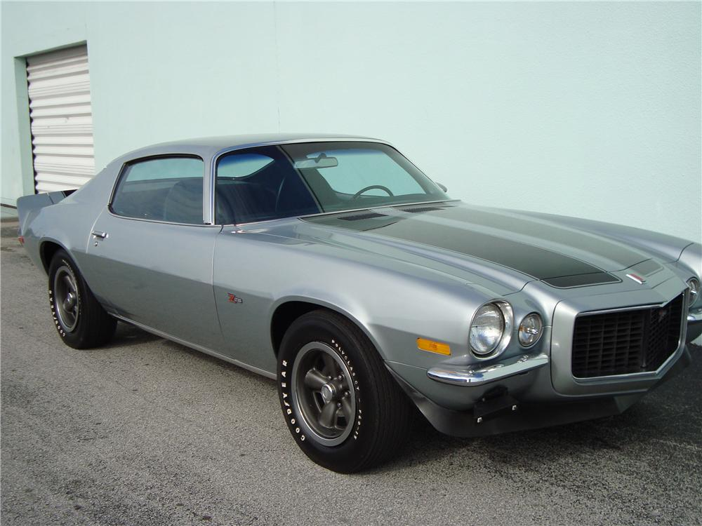 1971 CHEVROLET CAMARO Z/28 RS COUPE - Front 3/4 - 89578