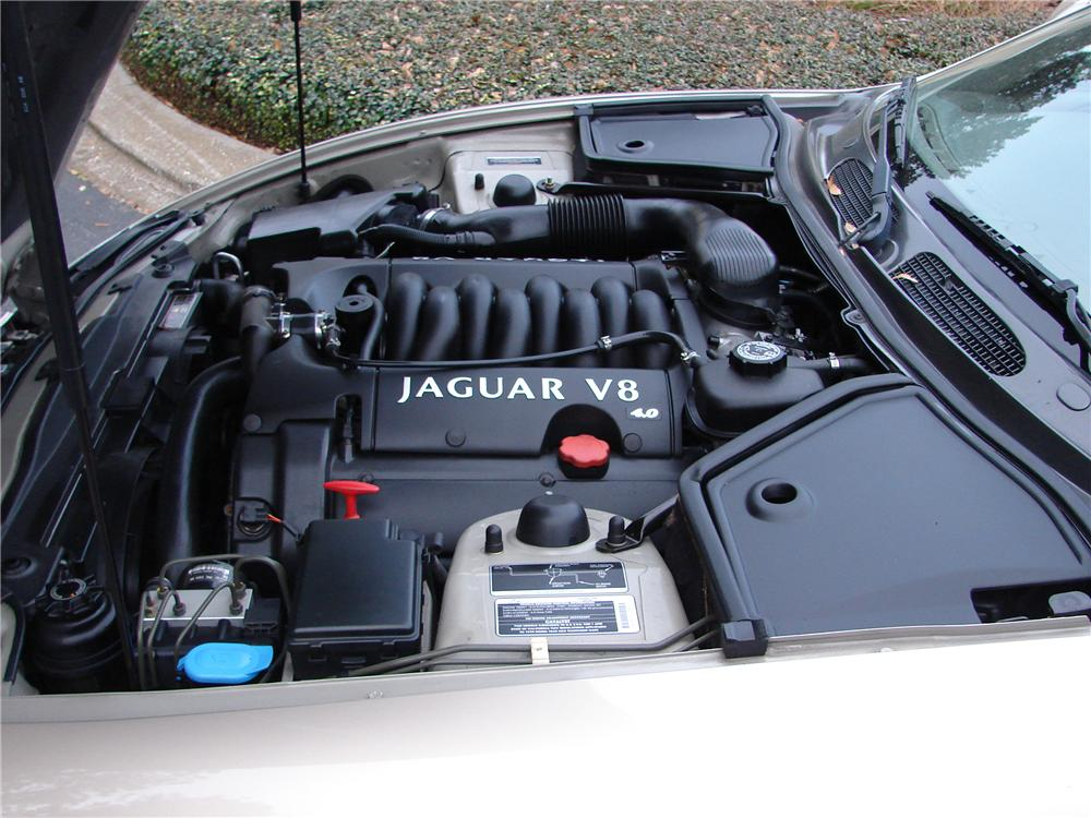 1999 JAGUAR XK 8 2 DOOR CONVERTIBLE - Engine - 89583