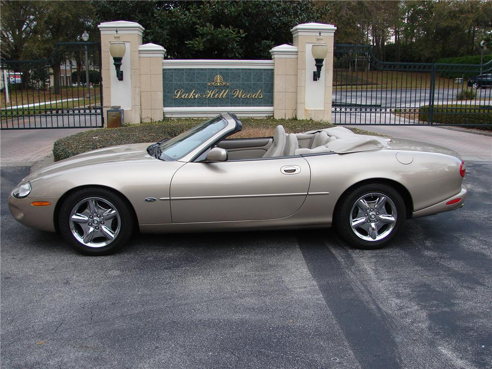 1999 JAGUAR XK 8 2 DOOR CONVERTIBLE - Front 3/4 - 89583