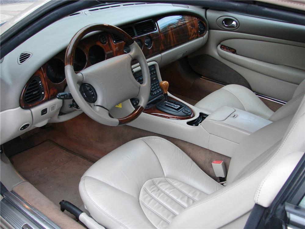 1999 JAGUAR XK 8 2 DOOR CONVERTIBLE - Interior - 89583