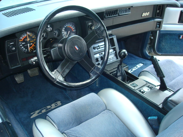 1982 CHEVROLET CAMARO INDY PACE CAR COUPE - Interior - 89616