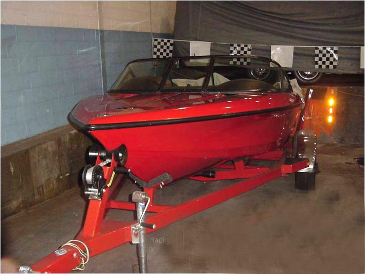 1999 CHEVROLET CORVETTE RACING BOAT W/TRAILER - Front 3/4 - 89622