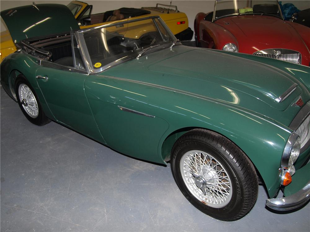 1966 AUSTIN-HEALEY 3000 MARK III BJ8 CONVERTIBLE - Front 3/4 - 89631